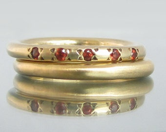 Thin Engagement Ring, Alternative Engagement Ring, Garnet Gold Ring, Garnet Birthstone Ring, Gold Gemstone Ring, 5th Anniversary Gift