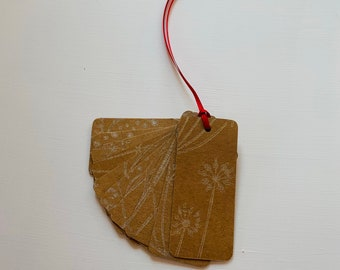 Kraft Gift Tag - Strung Labels - 'Tussock' pattern handprinted in gold - 95mm x 40mm - price tag - Christmas - party - rustic - gift
