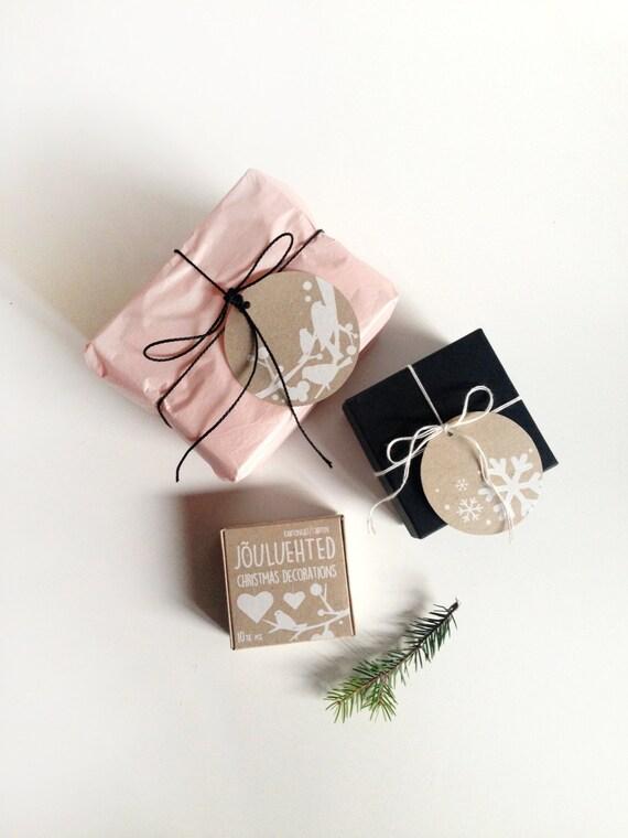 Christmas gift tags - Christmas Tags, Craft Tags, White Tags, Holiday Gift Wrap, Garland, Winter decor Christmas tree, Set of 10