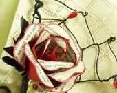 Dracula spider buttonhole Paper rose Boutonnière