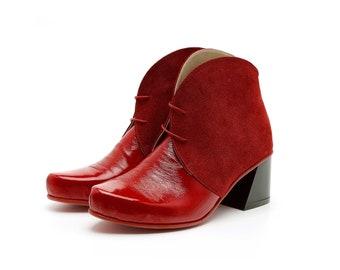 Handmade Leather Shoes Women's and Men's von ADIKILAV auf Etsy