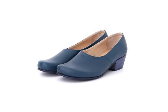 Ons Chaussures en avec large pompe glissement ADIKILAV bas bleu femmes cuir talon 0w40gZq