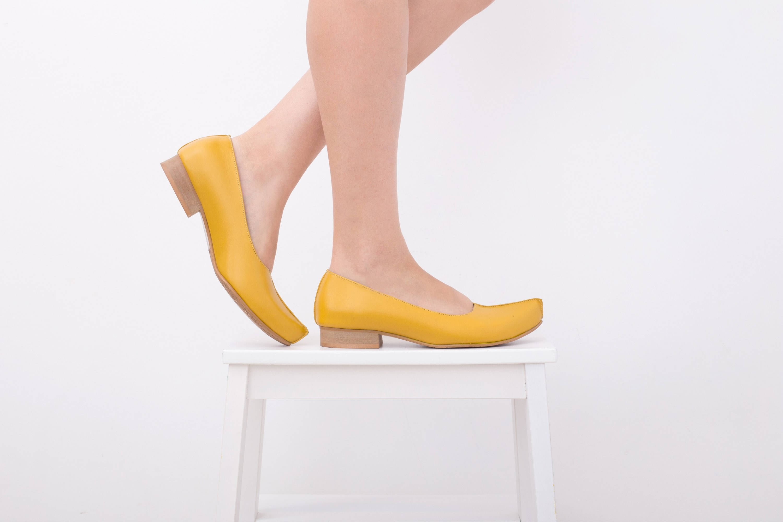 les jaune femmes et # ; s chaussures, cuir jaune les orteil flats, femme mocassins, handmade pointu kilav apparteHommes ts la livraison gratuite adi 1dcaae