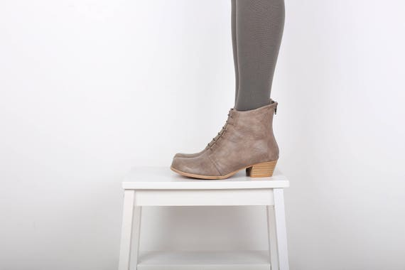 Booties gray Ankle Leather Boots Lace heeled ADIKILAV women's wide shipping free Up 8OgRwqS