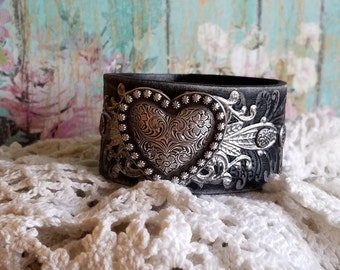 SiLveR HeArT Concho Leather Cuff Bracelet> Heart Jewelry/ Heart Bracelet/ Boho Bracelet/ Country Boho/ Cowgirl/ Romantic/ Wristband/ Black