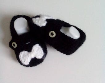wool baby shoes made entirely by hand