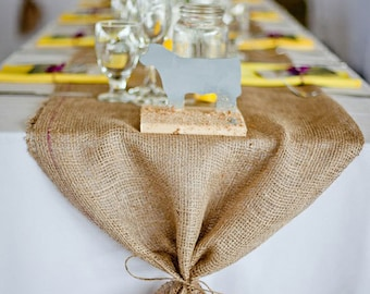 Superbe Burlap Table Runner With Ties   Wedding Runner Holiday Decorating Home Decor
