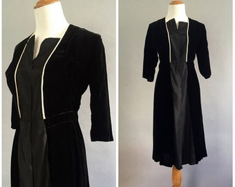 Vintage 1930s Dress Black Velvet Dress 1940s Shirt Dress 30s Day Dress 3/4 sleeve Dress Size Small 1930s Dress