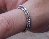 Twist Wire Ring Silver, T...
