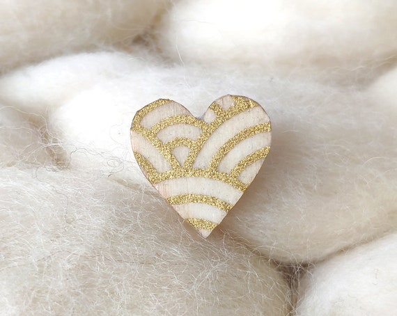 Laser cut heart shaped pin - Love brooch - Rice origami paper - Gold patterns : Flowers, polka dots, waves and stars
