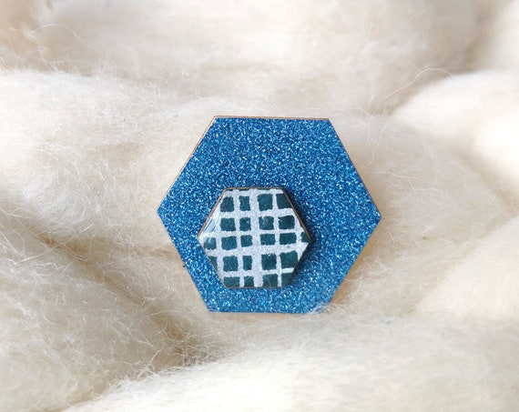 Hexagon brooch - Laser cut wood and origami paper - Various colors and patterns -