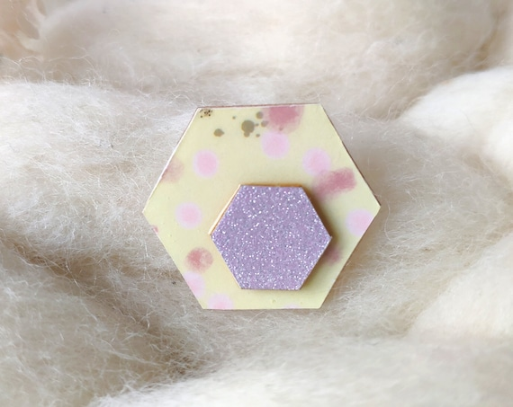 Hexagon brooch - Laser cut wood and origami paper - Pastel polka dots and purple glitter