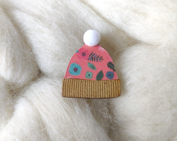 Cute Beanie brooch - Winter hat pin's - Soft white synthetic pompom - Genuine colorful origami paper - Laser cut wood - Snow cap