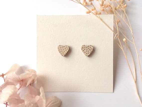 Heart love earrings - Laser cut wood and origami paper - White and gold polka dots