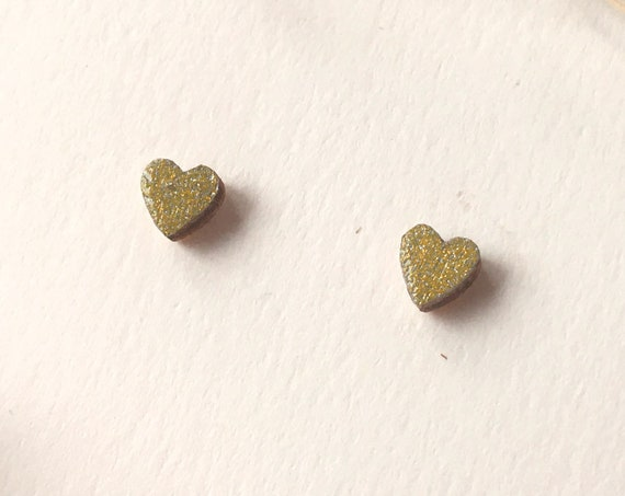 Love heart earrings - Laser cut wood and origami paper - Gold glitter