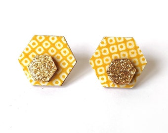 Cute hexagon earrings - Laser cut wood and colorful origami paper - Mustard yellow