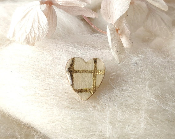 Laser cut heart wood and paper brooch - Cute tiny decorative pin - Beige and gold striped rice paper - hand made love brooch