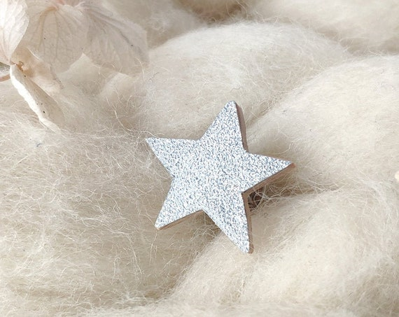 Star pin - Cosmic jewellery - Laser cut wood and silver origami paper with tiny sparkles
