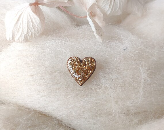 Laser cut heart wood and glitter - Cute tiny decorative pin - Gold sparkles