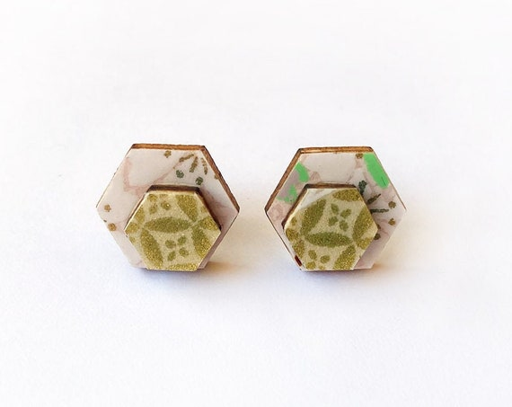Cute hexagon earrings - Laser cut wood and colorful origami paper - Pink and white flowers, gold pattern
