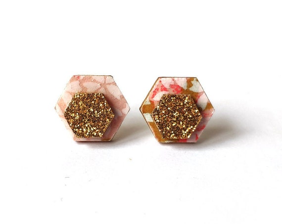 Cute hexagon earrings - Laser cut wood and colorful origami paper - Pink sakura flowers and gold glitter