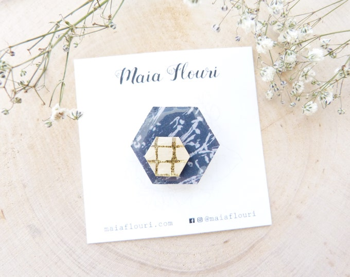 Laser cut wood and paper brooch - Geometric patterns gold checks rice paper - Grey smoke marble on deep blue paper - origami pin's -