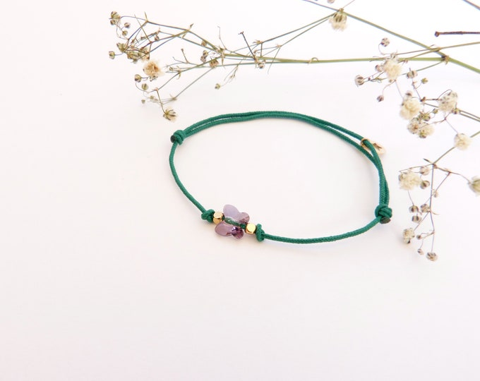 Adjustable bracelet - soft violet Swarovski butterfly cristal 6mm - Silver plated square and star beads on bright green synthetic lacing