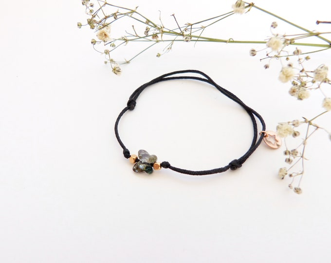 Adjustable bracelet - iridescent grey Swarovski butterfly cristal 6mm - Rose gold plated square and star beads on black synthetic lacing