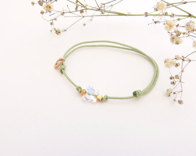 Adjustable bracelet - Clear iridescent Swarovski butterfly cristal 6mm - Rose gold plated square and star beads on green synthetic lacing