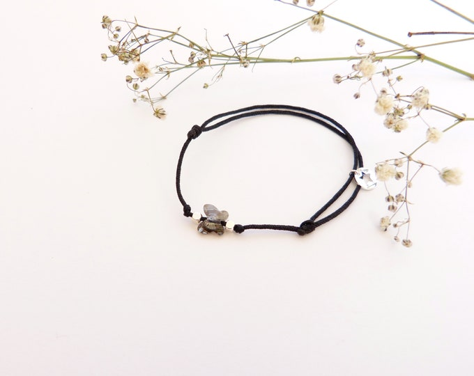 Adjustable bracelet - iridescent grey Swarovski butterfly cristal 6mm - Silver plated square and star beads on black synthetic lacing