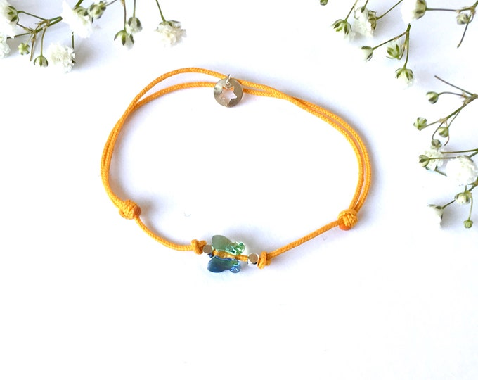 Adjustable bracelet - soft violet Swarovski butterfly cristal 6mm - Silver plated square and star beads on bright yellow synthetic lacing