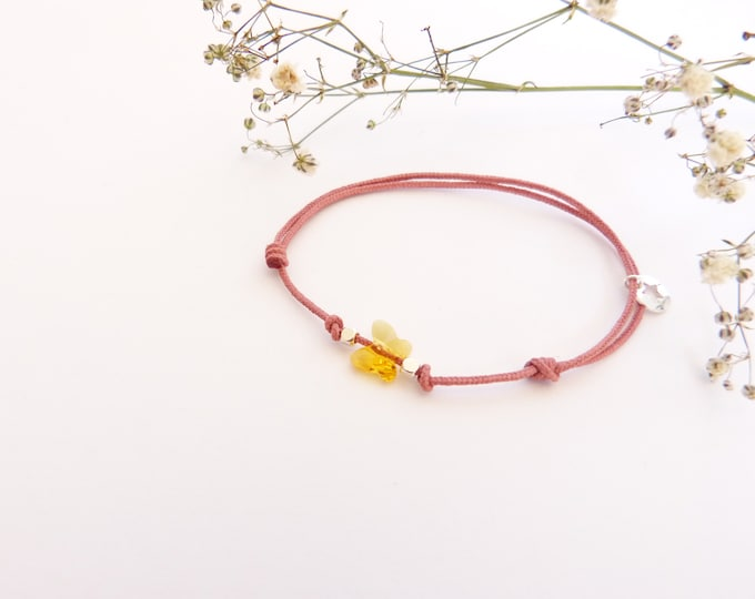Adjustable bracelet - Bright yellow Swarovski butterfly cristal 6mm - Silver plated square and star beads on soft pink synthetic lacing