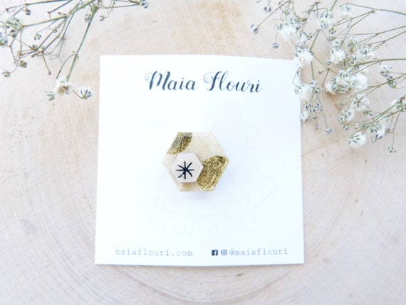 Laser cut wood and paper brooch - Hexagonal wood shape - Gold polka dots on beige white paper, black star - Origami paper pin's