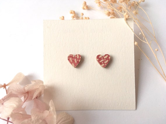 Heart love earrings - Laser cut wood and origami paper - Pink and beige polka dots