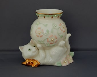 Lenox Cat Vase with Pastel Pink Pastel Green and Pearls