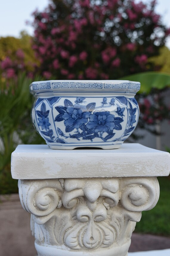 Vintage Chinoiserie Planter White And Blue Footed Rounded Etsy