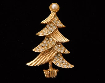 Vintage Rhinestone Christmas Tree Pin Brooch, Gold Tone Rhinestone Faux Pearl Pin Christmas Tree, Christmas Jewelry, Christmas Gift