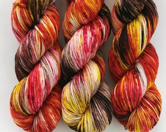 Worsted Weight Yarn, Hand Dyed, Speckled, Superwash Merino, Hand Dyed Yarn 100 g/218 yds, Worsted Yarn- Foliage *In Stock