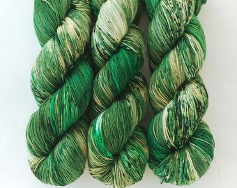 Speckled Sock Yarn Superwash Merino Nylon Fingering Weight Hand Dyed 100 g - Polyjuice Potion *In Stock