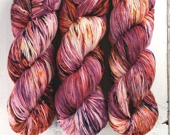 Sport Weight Yarn//Hand Dyed//Speckled//Superwash Merino//100 g 325 yds//Super Squishy Sport Superwash - Love is a Riddle *In Stock