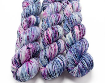 Worsted Weight Yarn, Hand Dyed, Speckled, Superwash Merino, Hand Dyed Yarn 100 g/218 yds, Worsted Yarn- Cosmic Stardust *In Stock