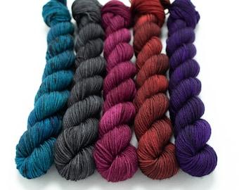Halloween Mini Skein Set, Sock Yarn, Hand Dyed, 5 - 20g Mini Skeins, Fingering Weight 100g 460 yds Staple Sock - Vampire's Den *In Stock