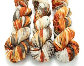Sock Yarn, Hand Dyed, Speckled, Superwash Merino Nylon Fingering Weight 100 g, Staple Sock - Pumpkin Latte *In Stock