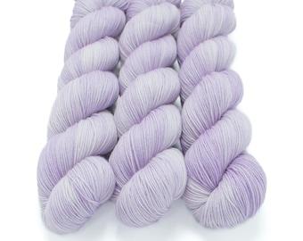 Semi Solid Sock Yarn, Hand Dyed, Superwash Merino Nylon Fingering Weight 100 g, Staple Sock  - Faint Whispers of Royalty
