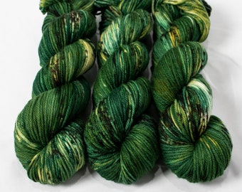 Worsted Weight Yarn, Hand Dyed, Speckled, Superwash Merino, Hand Dyed Yarn 100 g/218 yds, Worsted Yarn- Gareth *In Stock