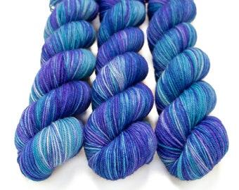 Sport Weight Yarn, Hand Dyed, Semi Solid, Superwash Merino, 100 g 325 yds, Super Squishy Sport Superwash - Tranquility *In Stock