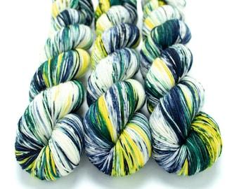 Sock Yarn, Hand Dyed, Speckled, Superwash Merino Nylon Fingering Weight 100 g, Staple Sock - It's Flannel Time!