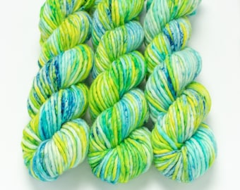 Super Bulky Yarn Merino Nylon, Hand Dyed Yarn, Semi Solid, Single Ply, Superwash Hand Dyed, Maizy Super Bulky - Lil Fishy *In Stock