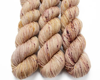 Worsted Weight Yarn, Hand Dyed, Speckled, Superwash Merino, Hand Dyed Yarn 100 g/218 yds, Worsted Yarn- Dusty Roads