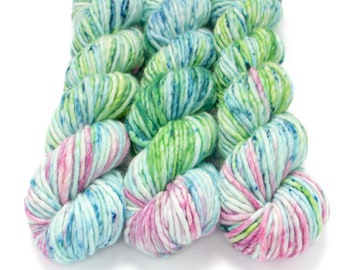 Super Bulky Yarn Merino Nylon, Hand Dyed Yarn, Speckled Bulky, Single Ply, Superwash Hand Dyed, Maizy Super Bulky - Water Lily *In Stock